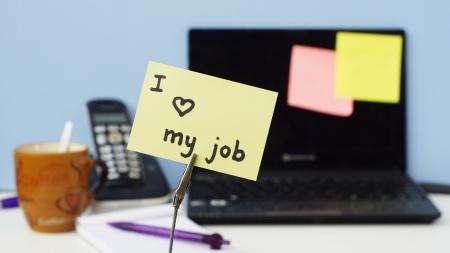 Hvordan du får medarbejderne til at elske at lave deres tidsregistrering