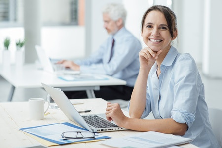 Hold styr på projekter med tidsregistrering for dit team