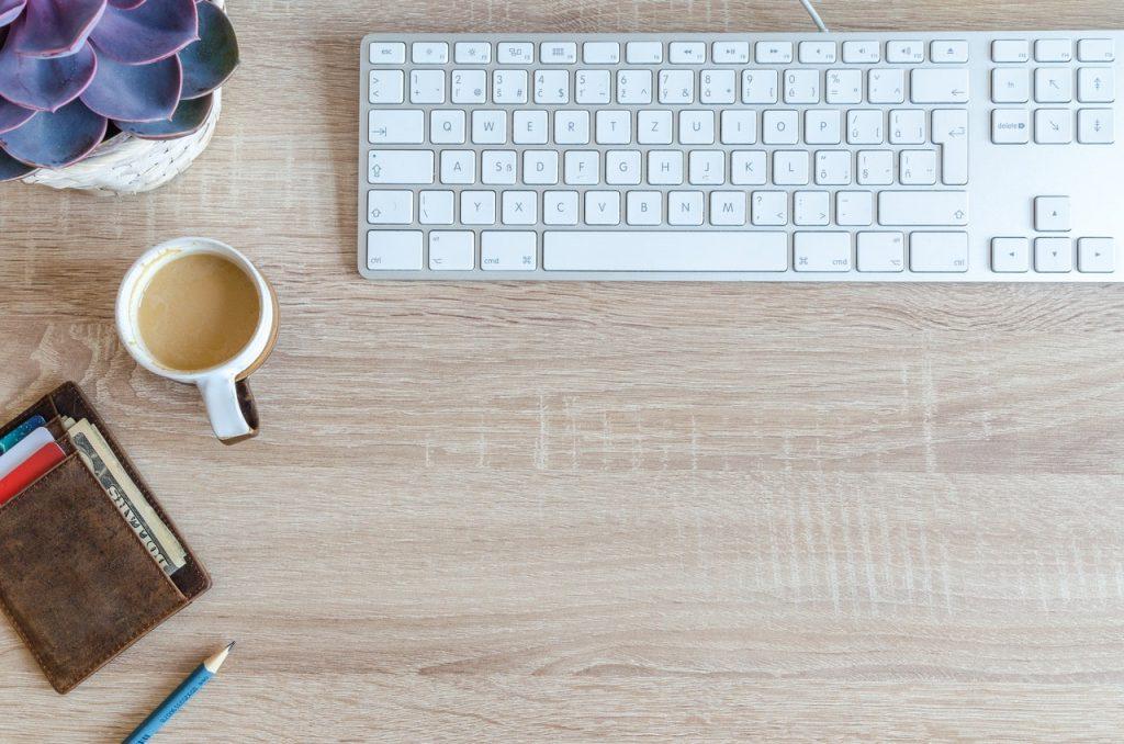 Få din virksomheds udgiftsregistrering integreret med din tidsregistreringsløsning