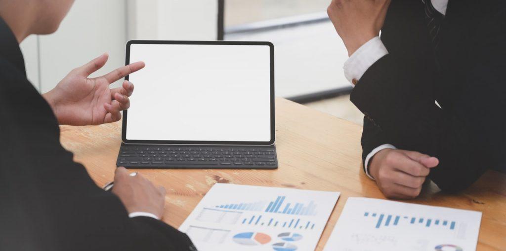 Tidsregistreringssoftware til virksomheder - Den LETTE tilgang